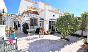 Great Spacious Quad Villa in Torrevieja.  Ref:ks2369