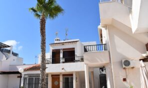 Top Floor Bungalow with Solarium in Torrevieja. Ref:mks2395