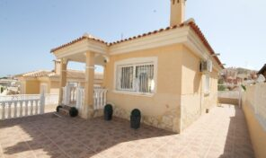 Spacious Detached Villa in Villamartin.  Ref:ks2423
