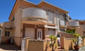 Bargain! Spacious Quad Villa in Playa Flamenca.  Ref:ks2447
