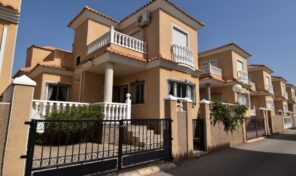 OFFER! Sunny Detached Villa in Playa Flamenca.  Ref:ks2448