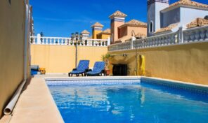 OFFER! Detached Villa with Private Pool in Villamartin.  Ref:ks2466
