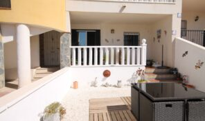 Great Condition Ground Floor Bungalow in Villamartin.  Ref:ks2440