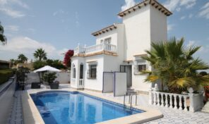 Amazing Villa with Private Pool in Villamartin.  Ref:ks2464