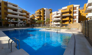 REDUCED! Great 3 Bed Ground Floor Apartment near the Beach in Punta Prima.  Ref:ks2472