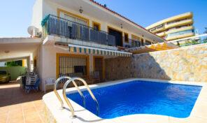 SOLD! Beachside Semi-Detached Villa with Pool in La Zenia. Ref:ks2458