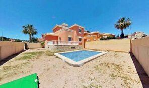 Offer! Detached Villa with Private Pool in Villamartin. Ref:ks2462