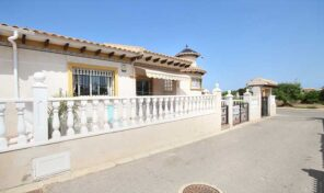 Great Semi Detached Villa in La Zenia.  Ref:ks2513