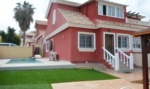 Bargain! Semi-Detached Villa with Private Pool in Villamartin.  ref:ks2512