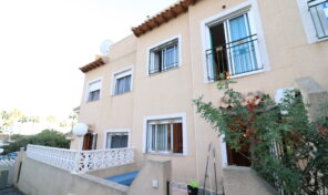OFFER!!!! Townhouse Only 69k in Villamartin. Ref:ks2511