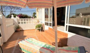 Great Offer! 4 Bedrooms Townhouse in Torrevieja. Ref:ks2529