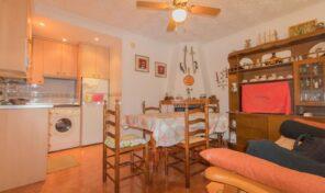 BARGAIN! 2 bed Top Floor Bungalow in Torrevieja.  Ref:ks2540