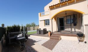REDUCED! Large Semi Detached Villa with Pool in Los Altos.  Ref:ks2549