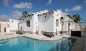 Amazing South Facing Detached Villa with Private Pool in Villamartin. Ref:ks2654