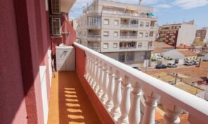Offer! Central Apartment with Large Terrace in Torrevieja. Ref:ks2652