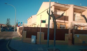 OFFER!!!! Great Semi-Detached Villa near Beach in Torre de la Horadada. Ref:ks2644