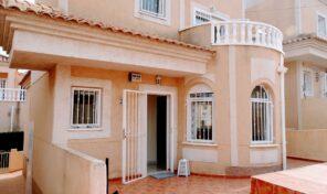 OFFER! Detached Villa in Villamartin.  Ref: ks2632