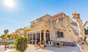 Great Semi-Detached Villa in Punta Prima. Ref:ks2649