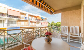 OFFER! 3 Bed Apartment next to Beach in Punta Prima.  Ref:ks2637