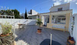Great Renovated Semi-Detached Villa in Torrevieja. Ref:ks2679