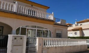 BARGAIN! 3 Bed Quad Villa in La Zenia.  Ref:ks2888