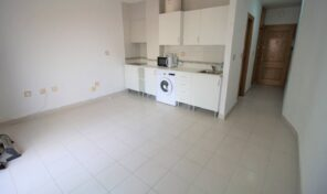 OFFER! Spacious Studio with Terrace close to Beach in Torrevieja. Ref:ks2690