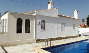 One Level Villa with Private Pool in Torrevieja. Ref:ks2693