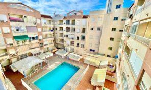 Bargain! Apartment near the Beach in Torrevieja. Ref:ks2730