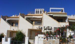 Offer! 4 Bedrooms Townhouse in Villamartin. Ref:ks2771