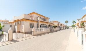 Bargain. Semi-Detached Villa in Playa Flamenca. Ref:ks2773