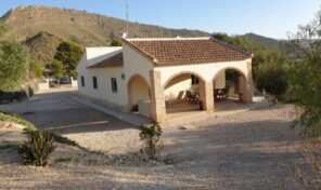 Great Country House in Fortuna. Ref: ks2769