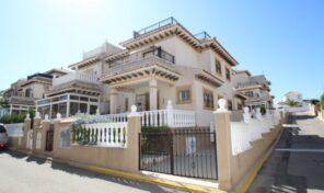 Lovely Quad Villa in Villamartin.  Ref:mks2780