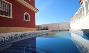 Great Detached Villa with Private Pool in La Zenia. Ref:ks2778