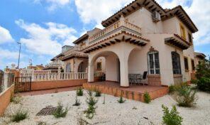 OFFER! Spacious Quad Villa in Cabo Roig. Ref:ks2811