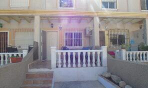 REDUCED!!! Townhouse in Villamartin. Ref:ks2822