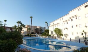 OFFER! 3 bed Apartment with Pool in Torrevieja. Ref:ks2818