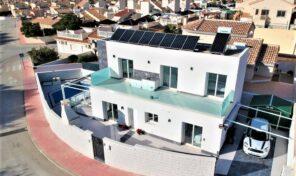 Large Modern Villa with Pool near the Golf in Quesada. Ref:ks2877