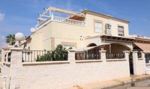 Spacious Quad Villa in Playa Flamenca. Ref:ks2918